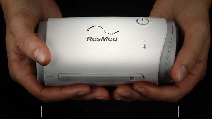 resmed-airmini-handheld